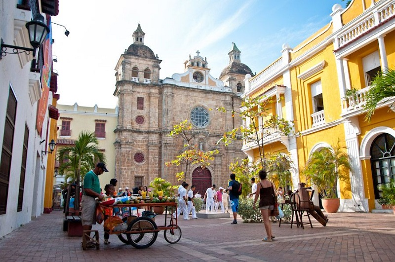 Catedral de Cartagena e Parroquia San Pedro Claver