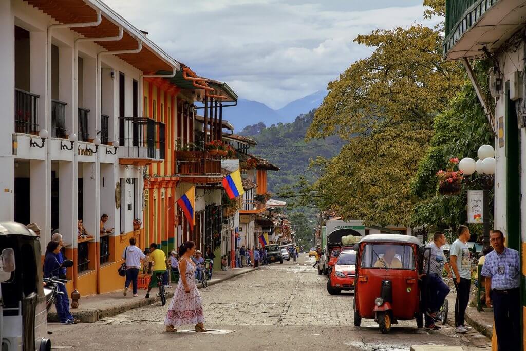 Que lingua falam em Medellín