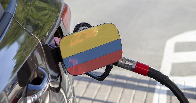 Abastecer o carro em Bogotá