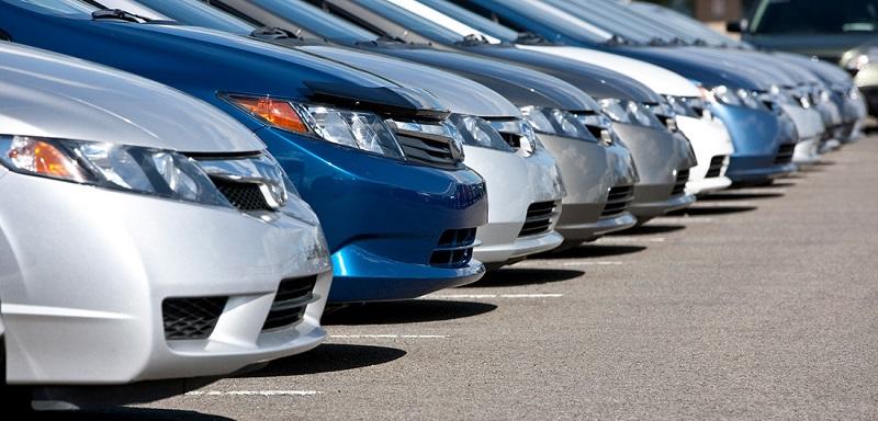 Modelos diferentes de carro