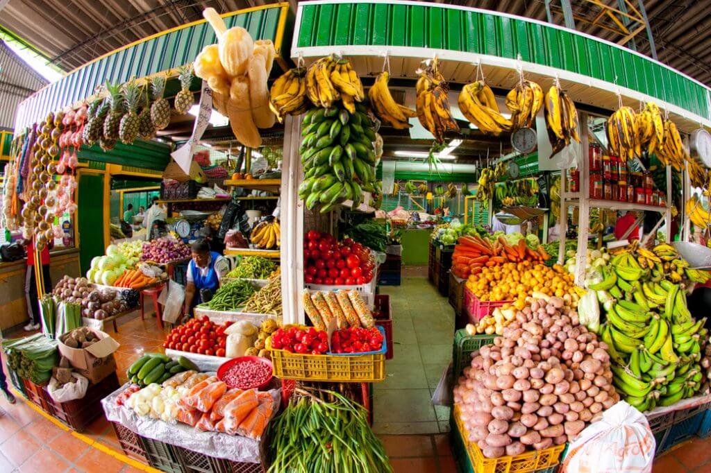 O Mercado Minorista em Medellín