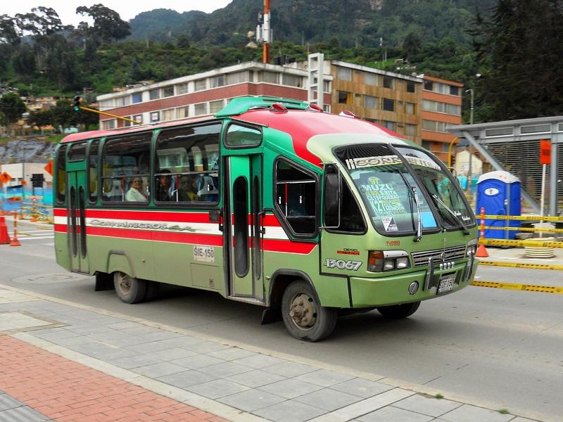 Como andar de ônibus em Bogotá