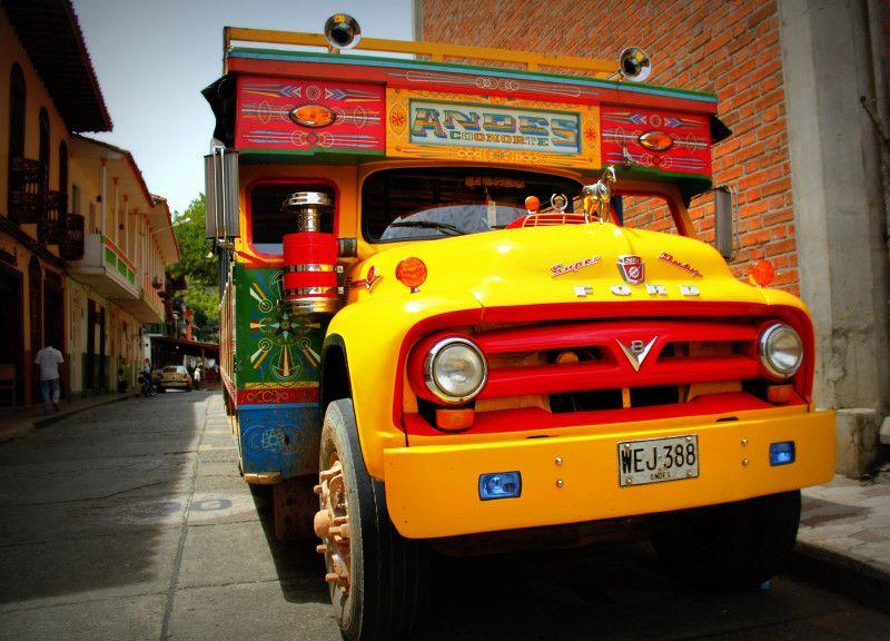 Ônibus chivas em Cartagena