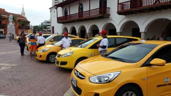 Como andar de Táxi/Uber em Cartagena