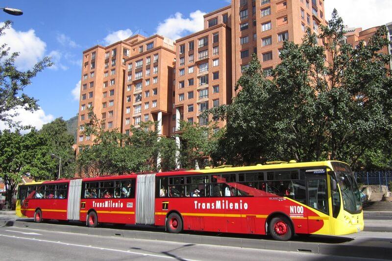 Como andar de TransMilenio em Bogotá