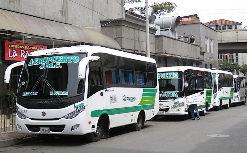 Ônibus em Medellín - Colômbia