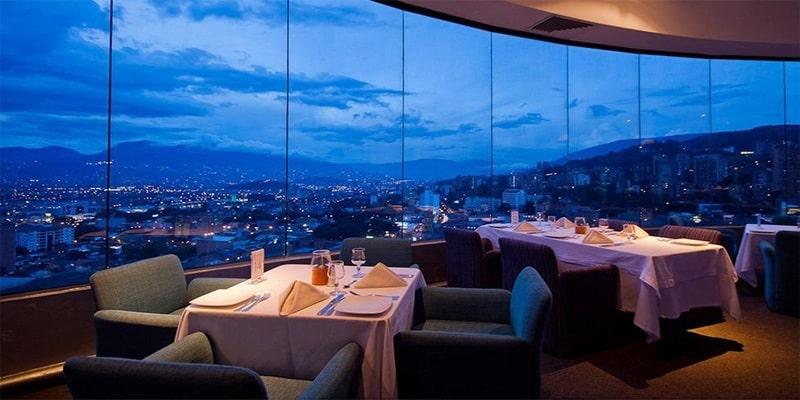 Restaurante em Medellín - Colômbia