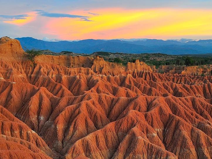 Montanhas do Deserto Tatacoa na Colômbia