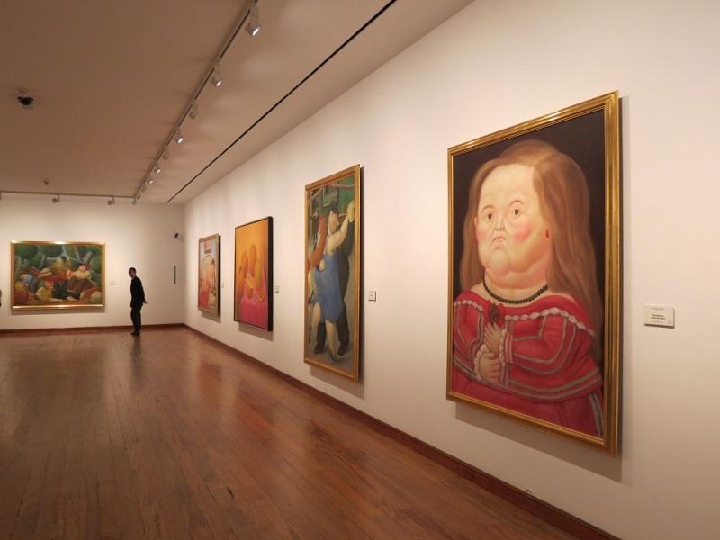 Quadros do Museu Botero em Bogotá