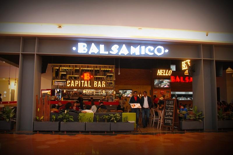 Restaurante Balsamico no Shopping Titan Plaza em Bogotá