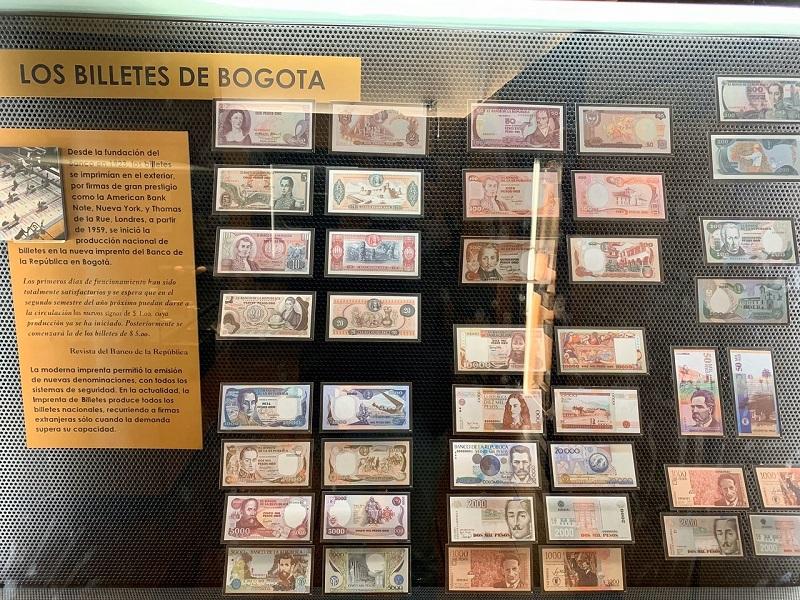 Notas expostas na Casa da Moeda em Bogotá