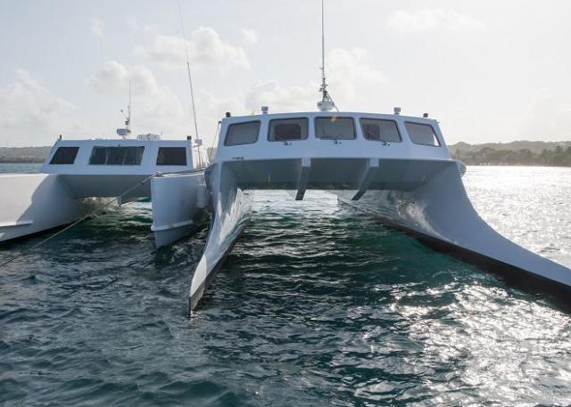 Como se locomover com ferry pela Ilha de Providência