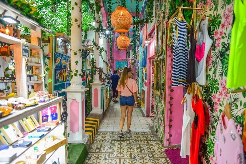 Compras nas ruas de Cartagena - Colômbia