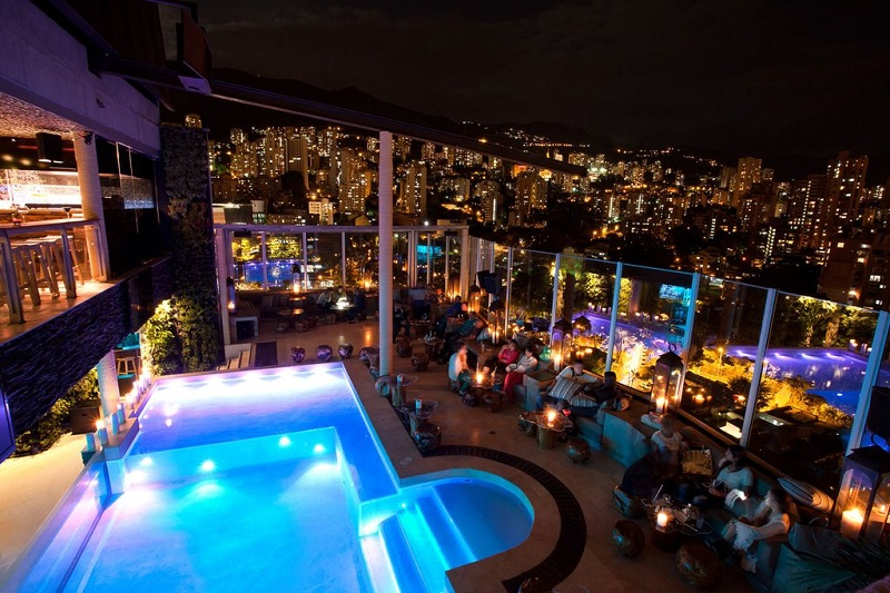 Restaurante com vista em Medellín