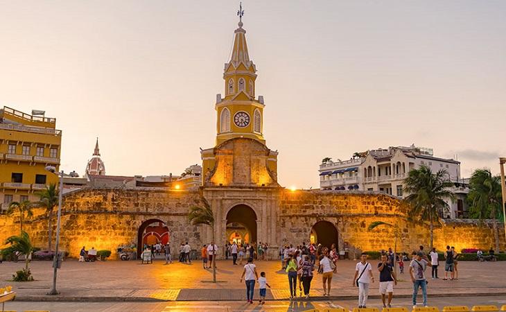Como levar pesos colombianos para Cartagena