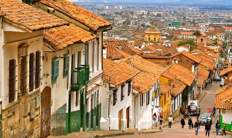 Como levar pesos colombianos para Bogotá
