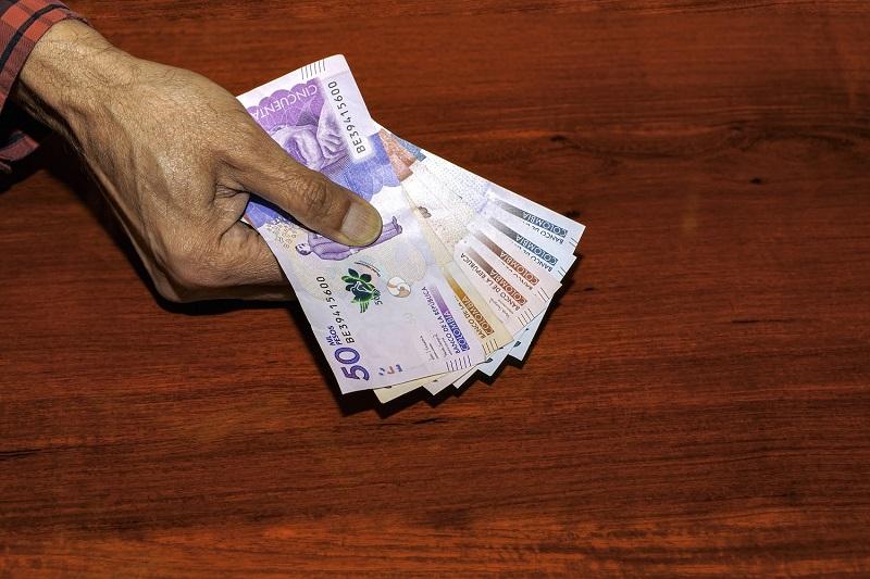 Como levar pesos colombianos para San Andrés
