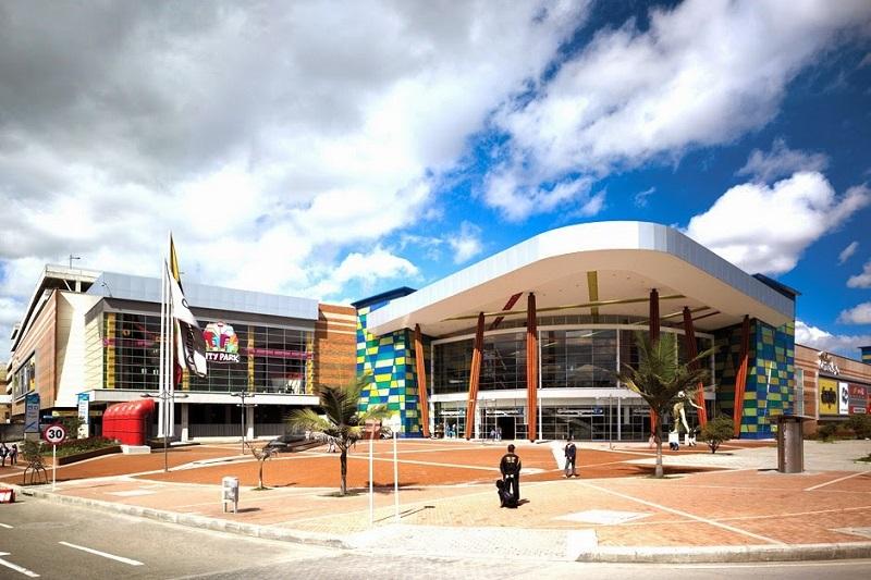 Shopping Centro Major em Bogotá