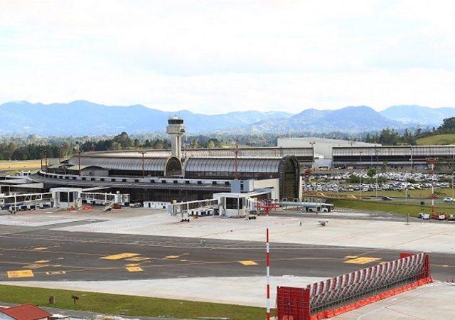 Transfer do aeroporto de Medellín ao centro turístico